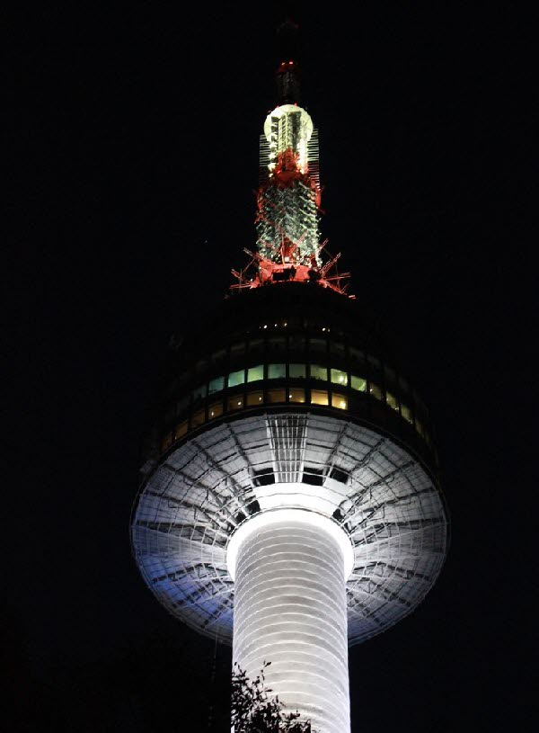 n 首尔塔(南山塔) > 韩国地区旅游-首尔 | 韩国旅游