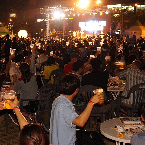 啤酒节2.jpg
